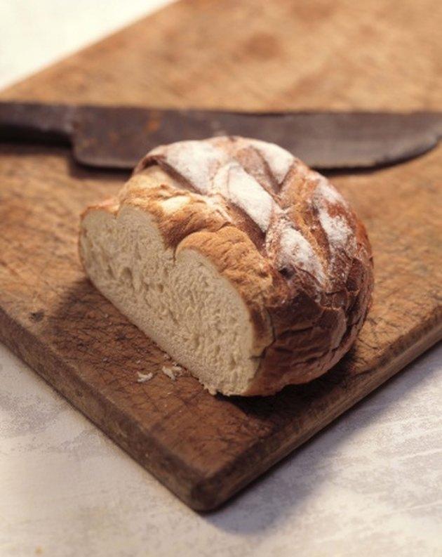 How to Bake Bread in Romertopf Clay Pots   Livestrong.com