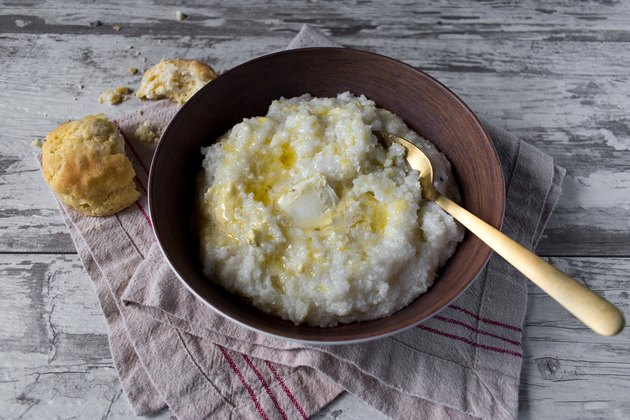 southern grits with biscuits