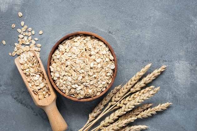 Oats, rolled oats, whole grains