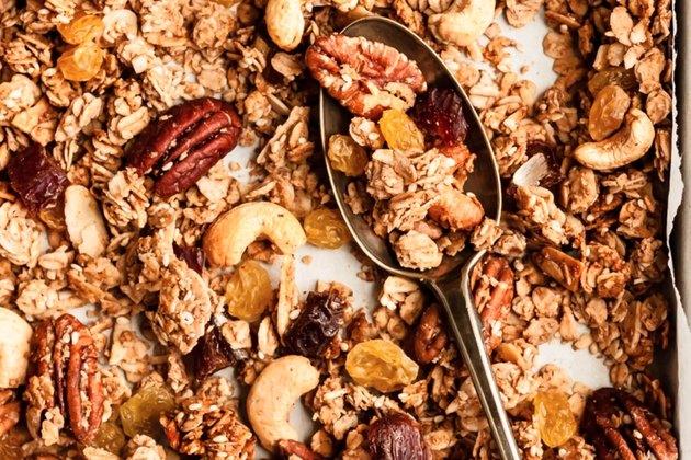 Homemade Chunky Healthy Granola Recipe