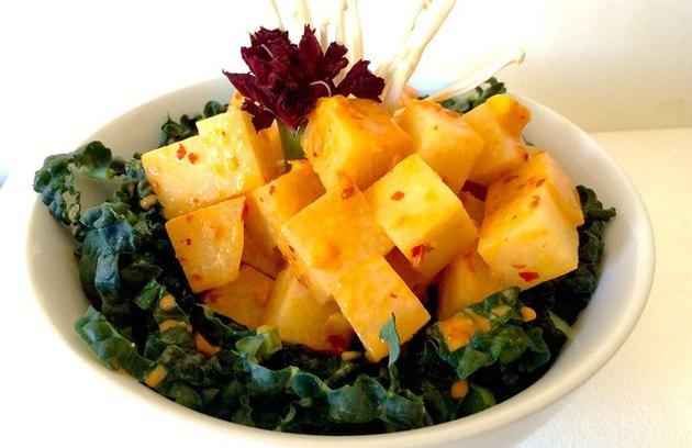 Paleo Vegan Turmeric Jicama Poke