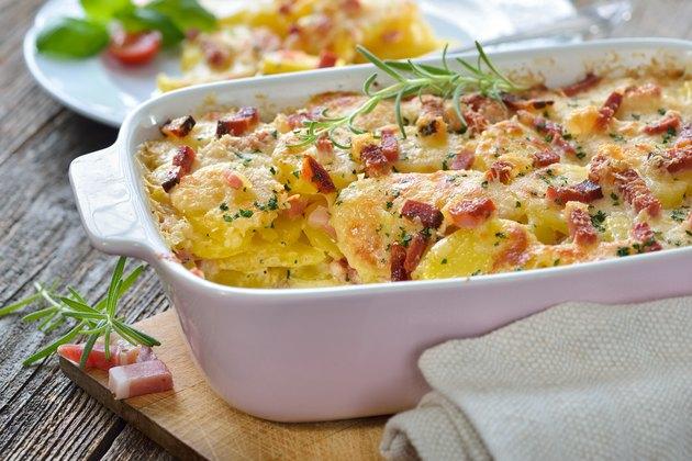Potato gratin with bacon