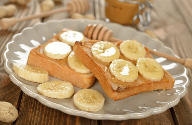 Toast with peanut butter and banana