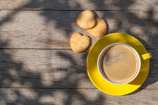 Coffee cup and cookies