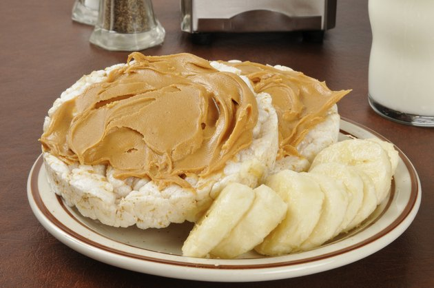 Peanut butter and banana on ricecakes