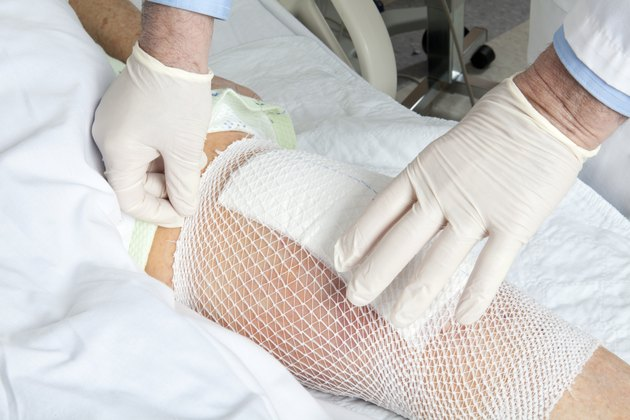 Knee replacement bandage