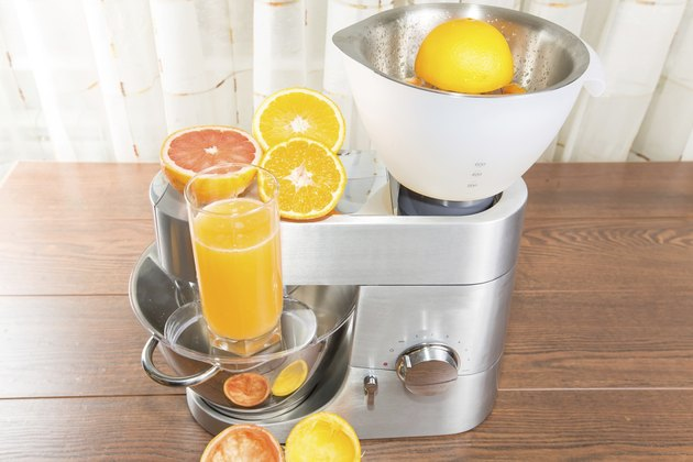 Food processor with citrus press