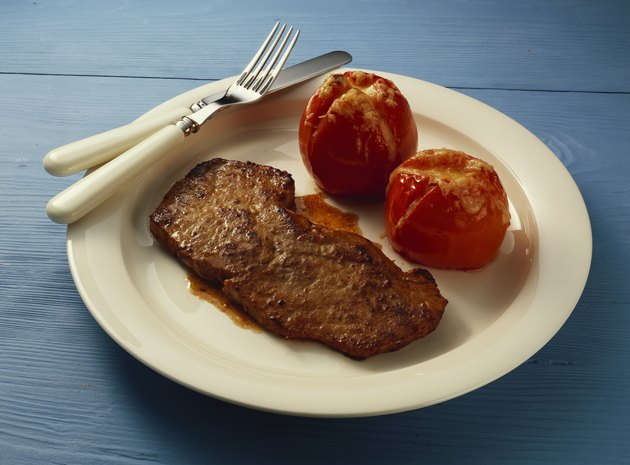 Veal Escalopes with grilled Tomatoes