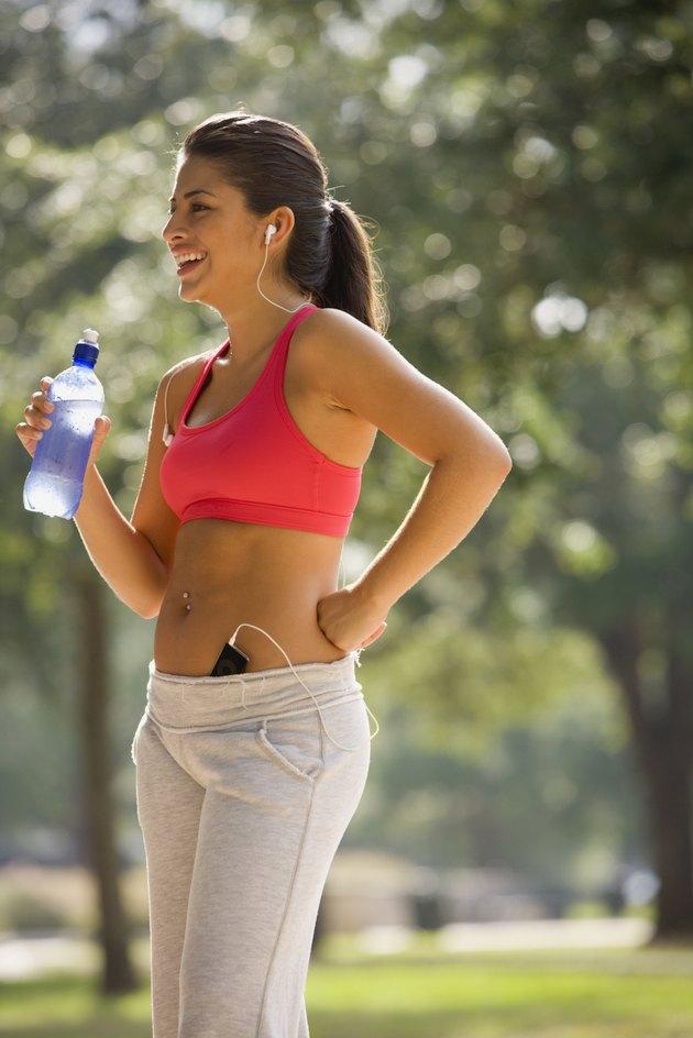 Hispanic woman wearing athletic gear