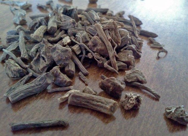 Dried valerian root