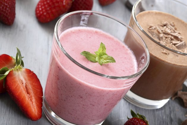 smoothie strawberries and chocolate
