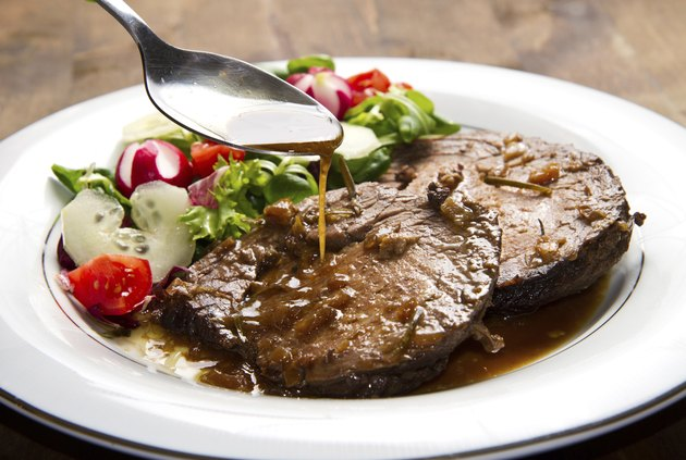 beef  garnished with fresh salad
