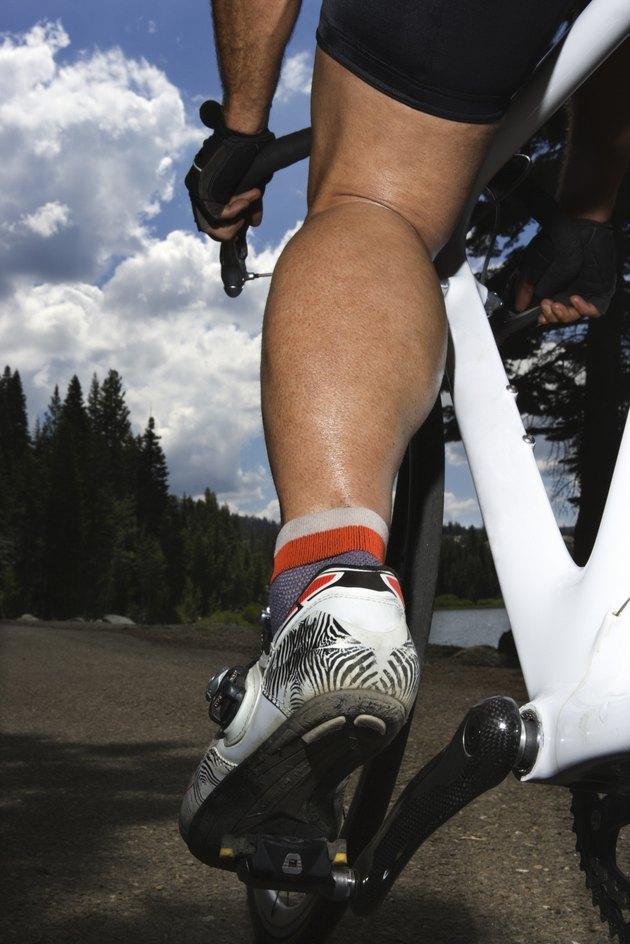 Cyclists leg