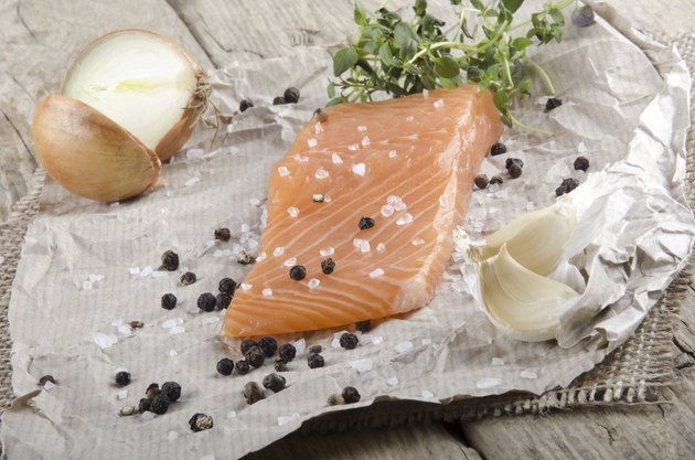 lightly smoked irish salmon fillet