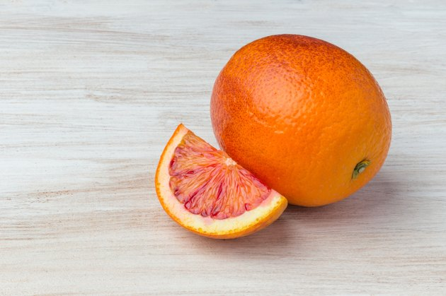 The composition of sicilian and the normal oranges.