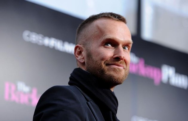 """WESTWOOD, CA - APRIL 21: TV personality Bob Harper arrives at the premiere of CBS Films' """"The Back-Up Plan"""" held at the Regency Village Theatre on April 21, 2010, in Westwood, California. (Photo by Frazer Harrison/Getty Images)"""