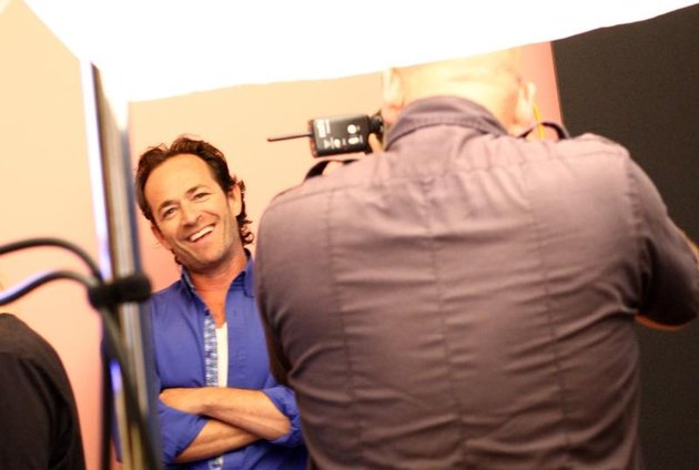 """BEVERLY HILLS, CA - JULY 30: Executive producer/actor Luke Perry of UP Entertainments """"Welcome Home"""" attends the Getty Images Portrait Studio powered by Samsung Galaxy at 2015 Summer TCAs at The Beverly Hilton Hotel on July 30, 2015, in Beverly Hills, California. (Photo by Tommaso Boddi/Getty Images for Samsung)"""