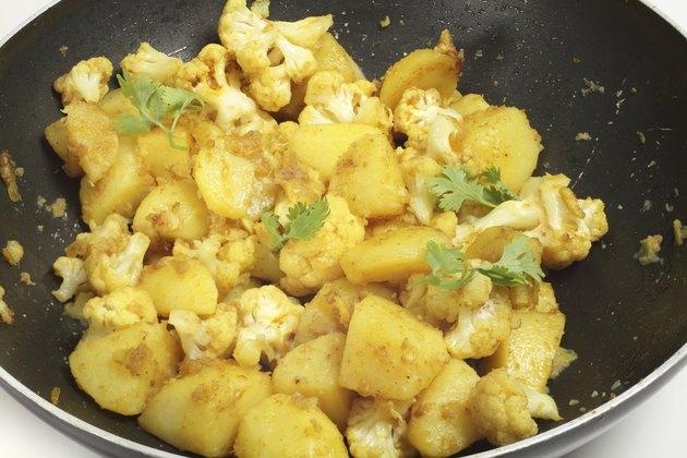 Spicy potato and cauliflower aloo gobi