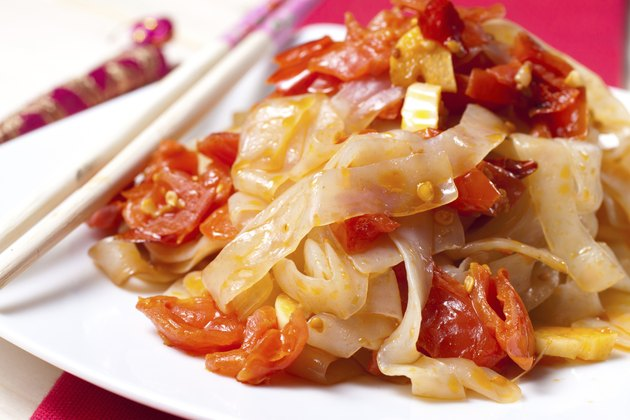 Shirataki Noodles with tomato sauce