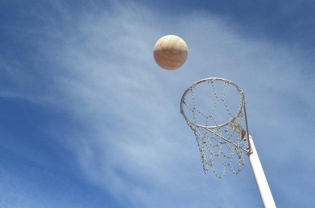 Shooting a Netball