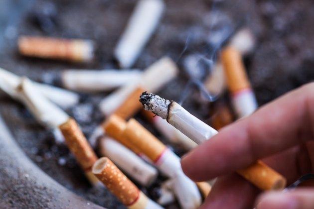 the stub of cigarrette