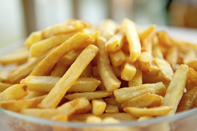 pile of baked french fries