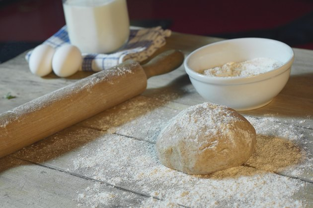 Food preparation for baking bread