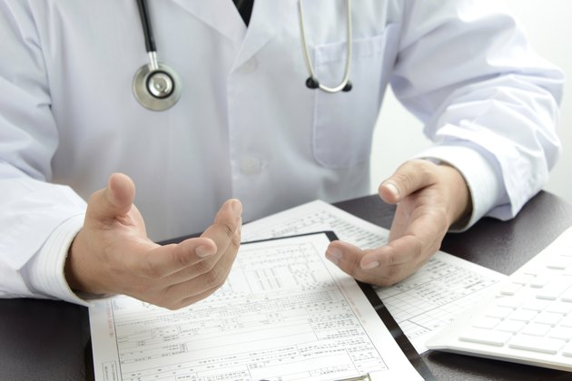Doctor explaining for patients