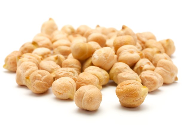 A handful of chick-pea