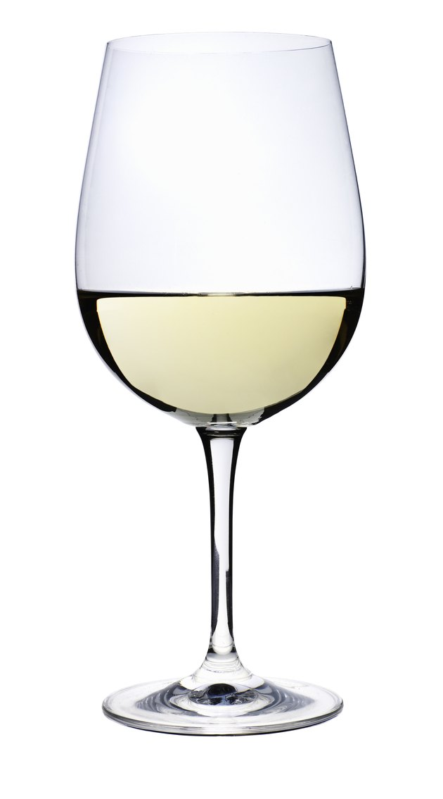 White wine, studio shot