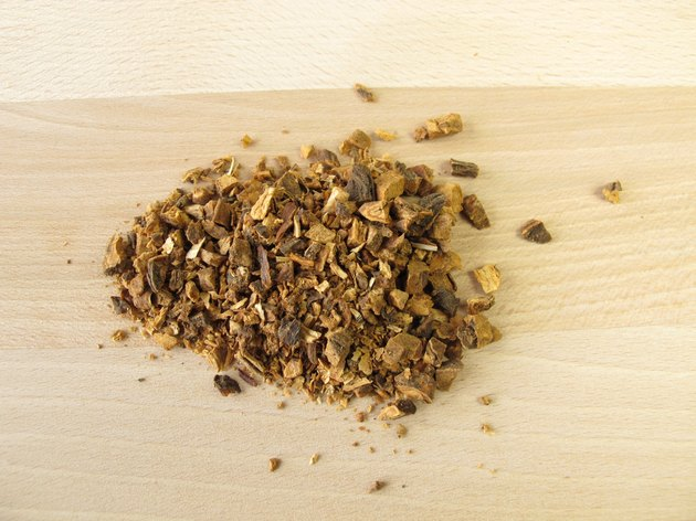 Herbs To Support Adrenal Glands Livestrong Com