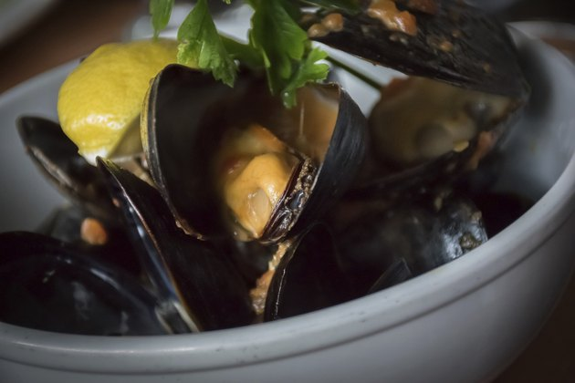 Fragrant Mussels