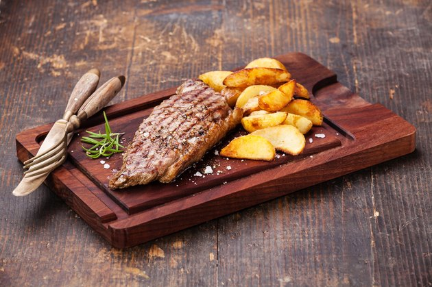 Steak with roasted potato wedges