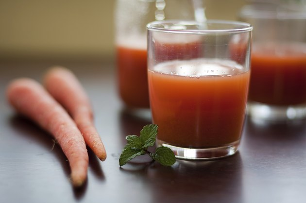 Fresh Red Carrot Juice