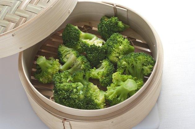 Steamed brocolli