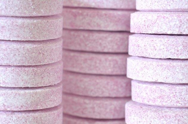 Soluble purple magnesium tablets