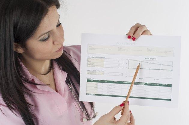 Nutritionist shows diet list