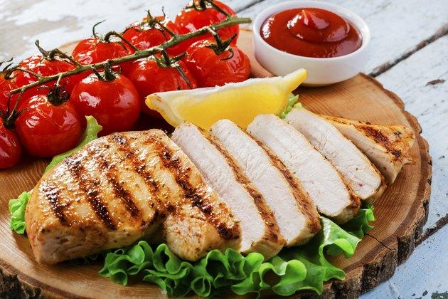 chicken fillet  grill  vegetables  sauce