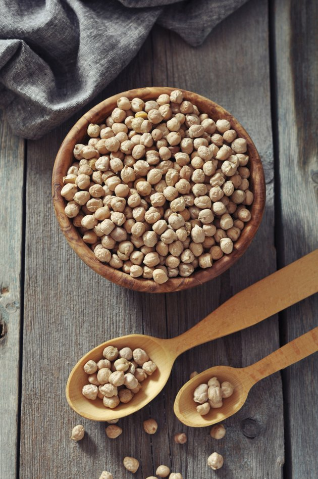 chick-pea in wooden bowl