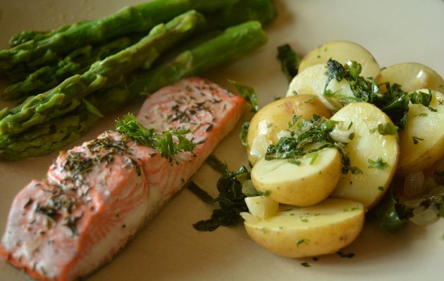 Salmon potato asparagus dinnerplate