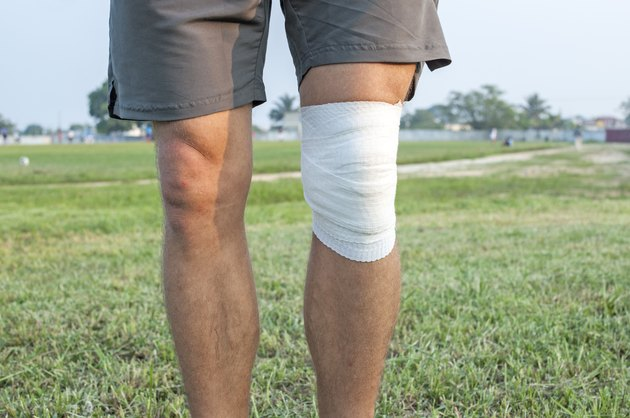 Sports wrap for knee injury