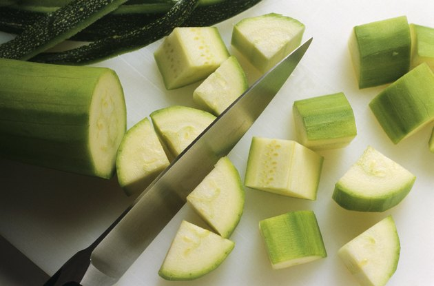 Slicing courgettes