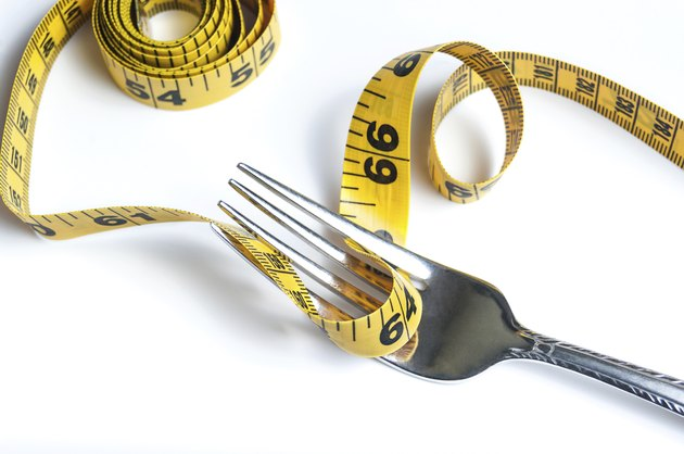 Diet fork with tape measure
