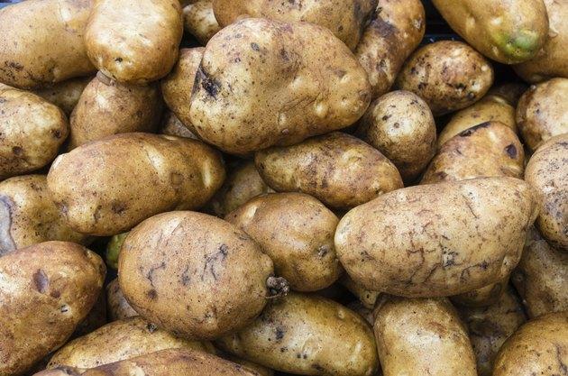 Potatoes russet or baking in bulk