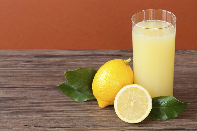 Can Lemon Juice Dissolve A Kidney Stone Livestrong Com