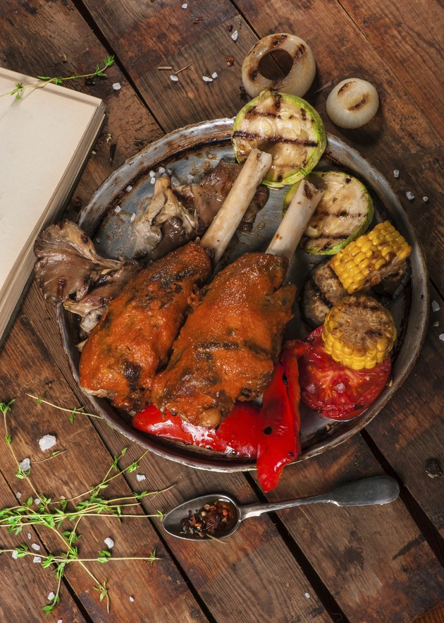 Gigot with grilled vegetables