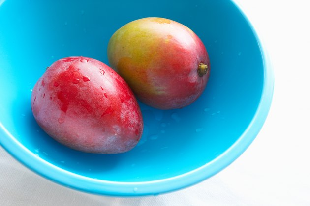 Mangoes in a bowl