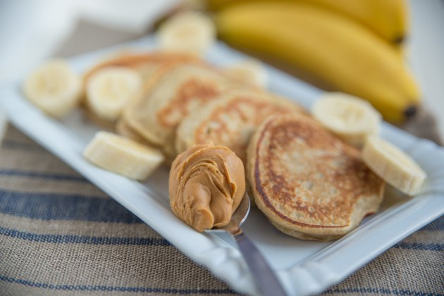 Banana Pancakes with peanut butter
