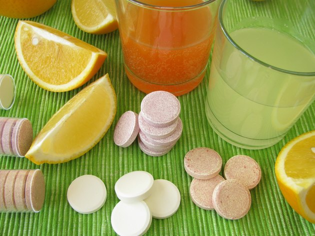 Lemonade tablets with vitamins