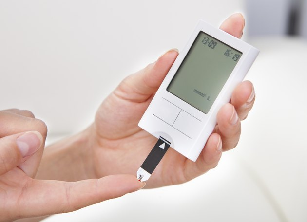 Blood sugar level testing machine